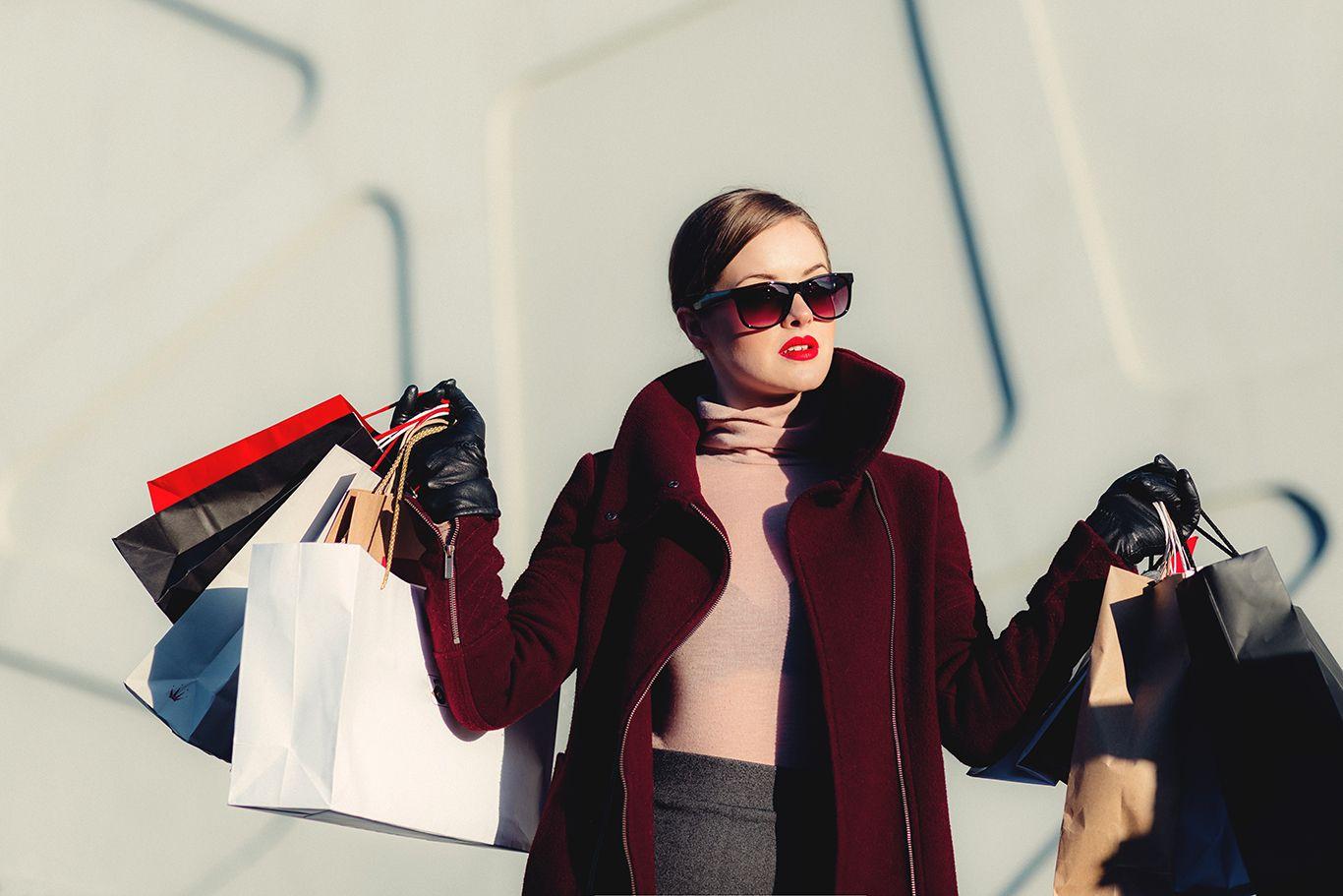 4 Cara Menghasilkan Uang Saat Liburan Tanpa Bekerja, Ini Triknya