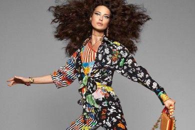Shalom Harlow Buat Kampanye Iklan Versace Spring 2019 jadi Viral