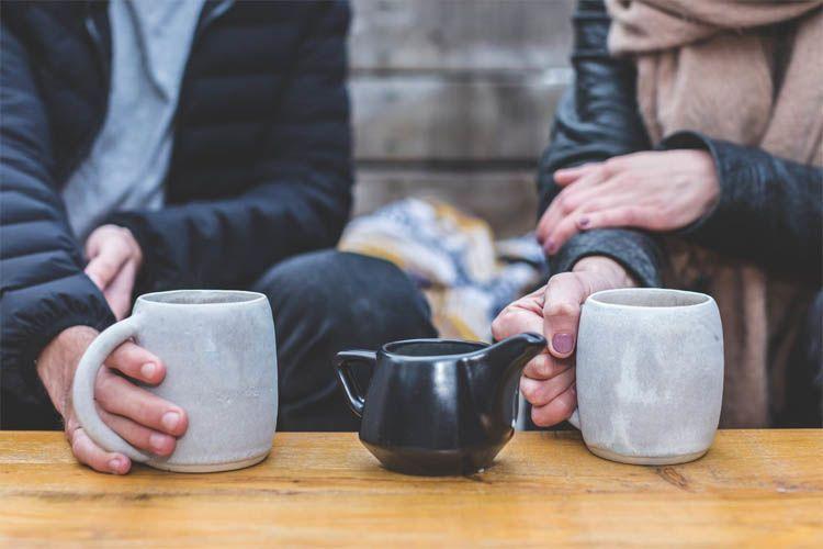 Berburu Jodoh Jangan Asal Swipe, Ini 5 Tips Aman Bermain Tinder