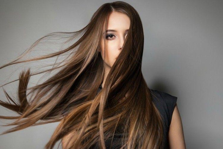 Ampuh, 5 Cara Ini Bisa Bikin Rambut Cepat Panjang