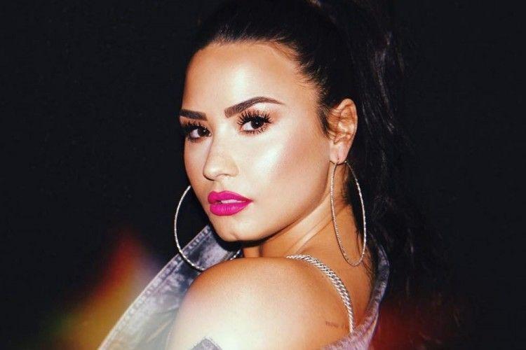 "Usai Selamat dari Overdosis, Demi Lovato: ""I'm So Blessed"""