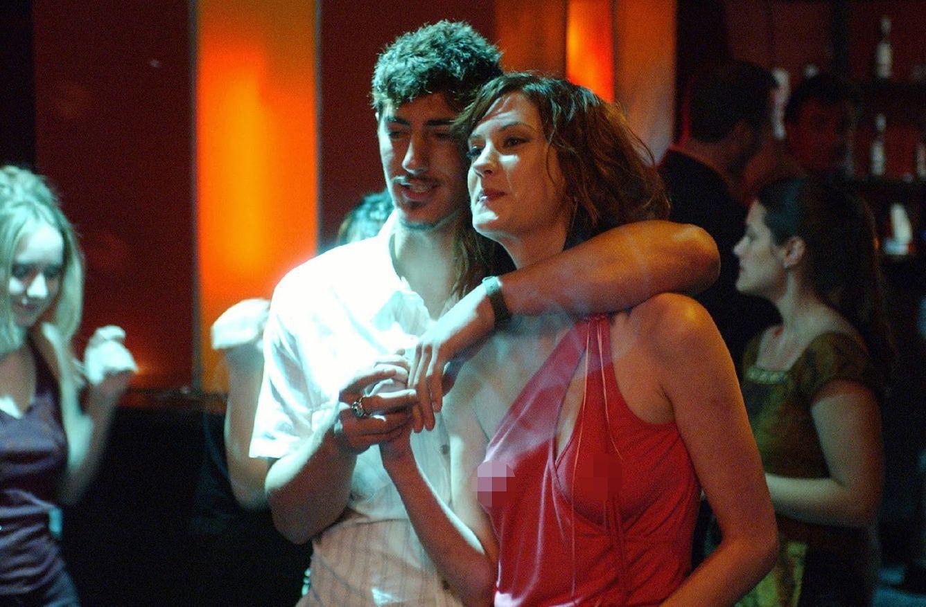 Totalitas Berakting, 5 Film Ini Tampilkan Adegan Intim Secara Nyata