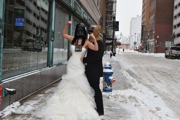 9 Foto Lucu Ini Ungkap Sisi Lain Saat Pernikahan, Bisa Jadi Inspirasi!