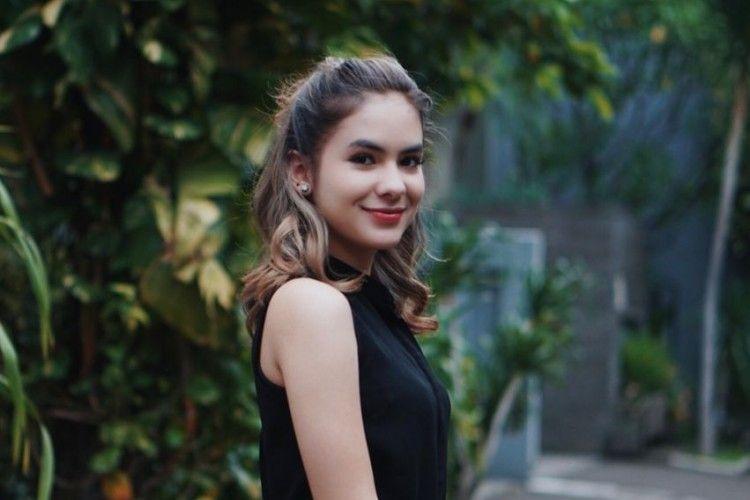 9 Gaya Rambut Artis Indonesia Ini Bisa Jadi Referensi Buat Ke Kampus!