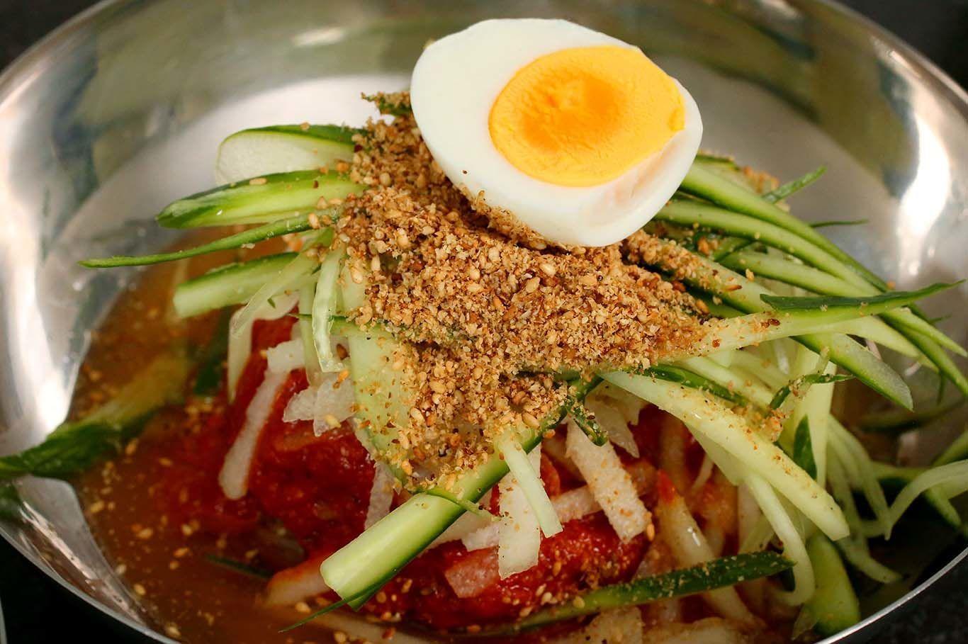 10 Makanan Korea Selatan yang Wajib Kamu Coba Seperti di Drama Korea