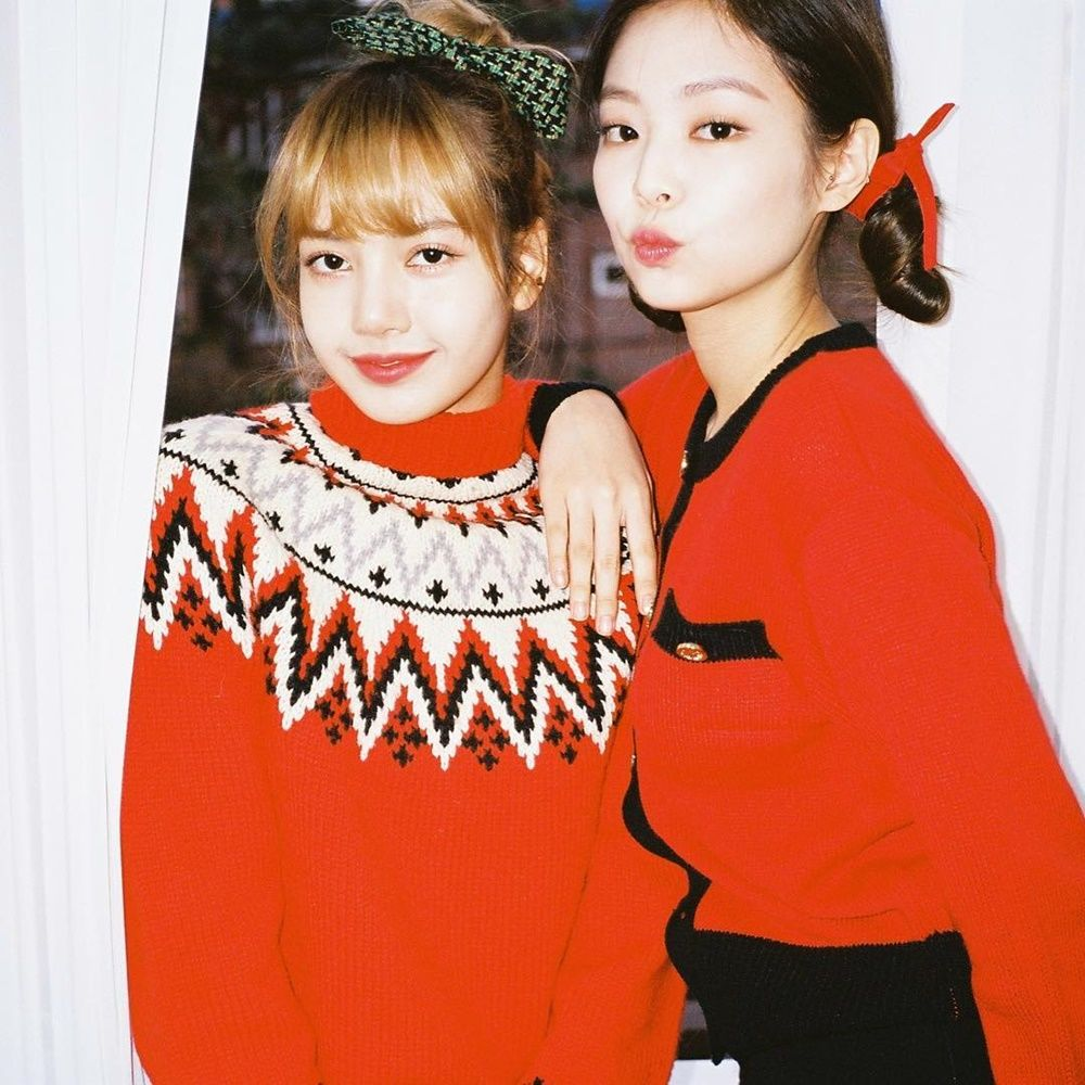 Friendship Goals! Ini 10 Bukti Kekompakan Jennie dan Lisa 'BLACKPINK'