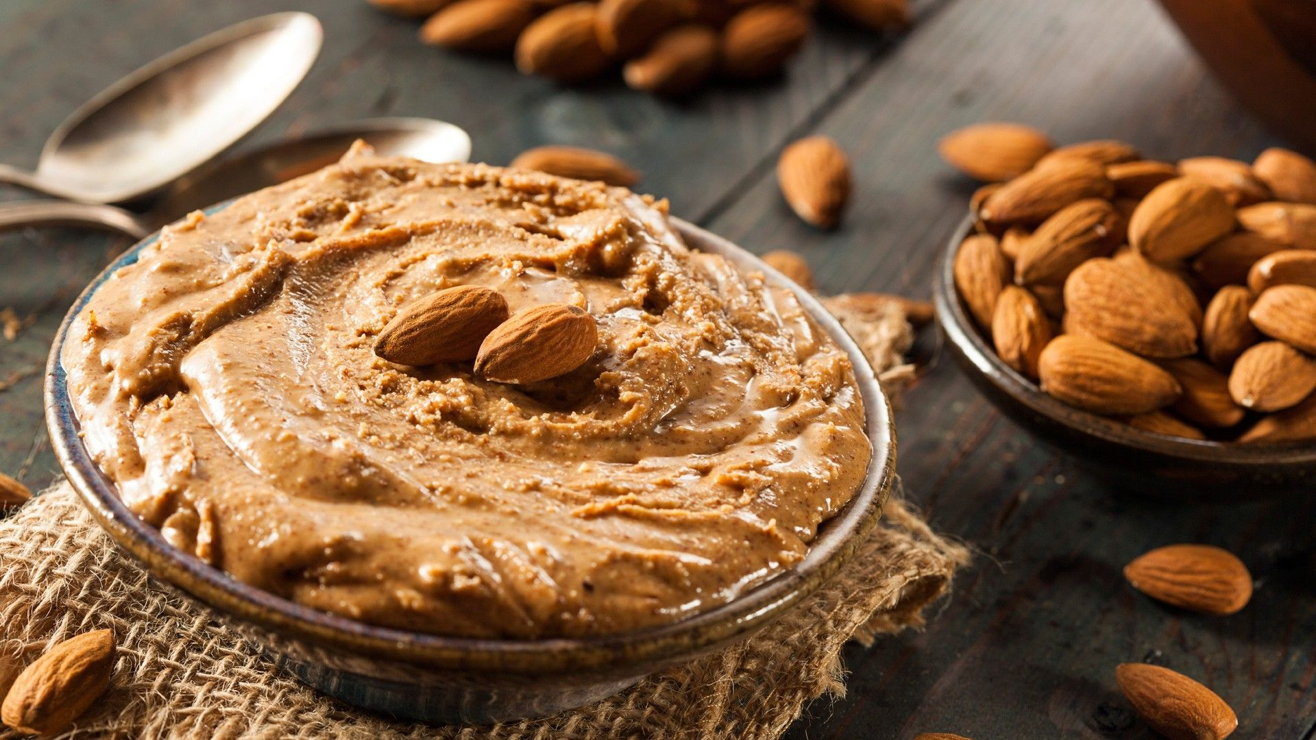 9 Cemilan Sehat Untuk Diet Di Kantor yang Nggak Bikin Gemuk
