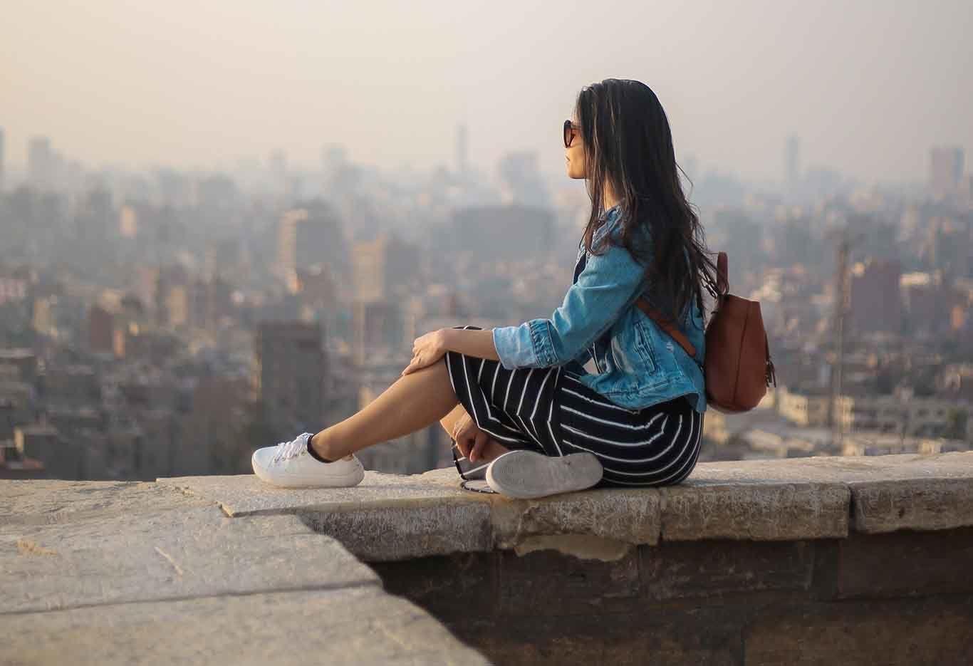 7 Alasan Kenapa Solo Traveling Bisa Jadi Obat Patah Hati Paling Ampuh!
