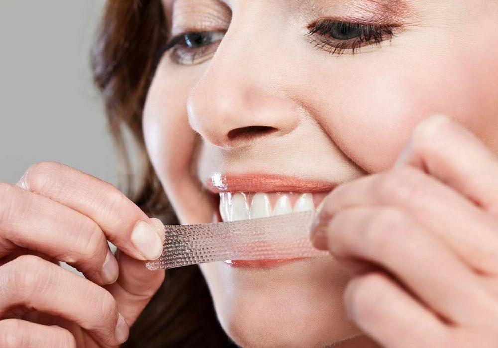 5 Cara Memutihkan Gigi Secara Alami Tanpa Harus Ke Dokter