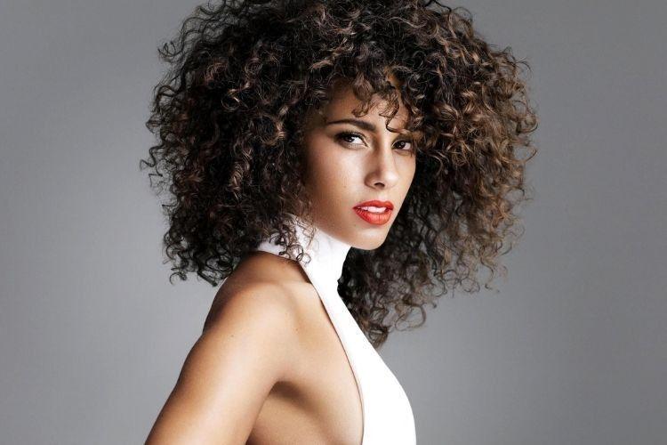 Biar Makin Panjang, Ini 7 Cara Cepat Menumbuhkan Rambut Secara Alami
