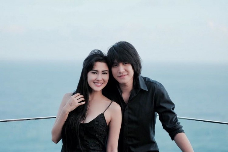 10 Fakta Hubungan Kevin Aprilio dan Vicy Melanie