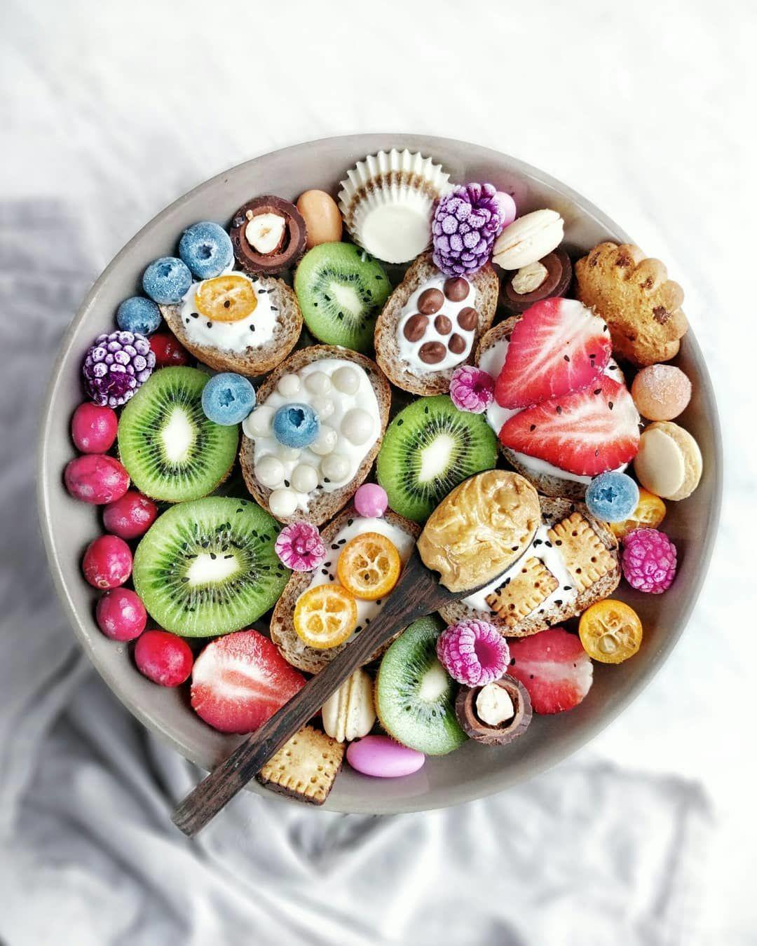 Bukan Cuma Cantik, 10 Makanan Colorful Ini Juga Menyehatkan Banget