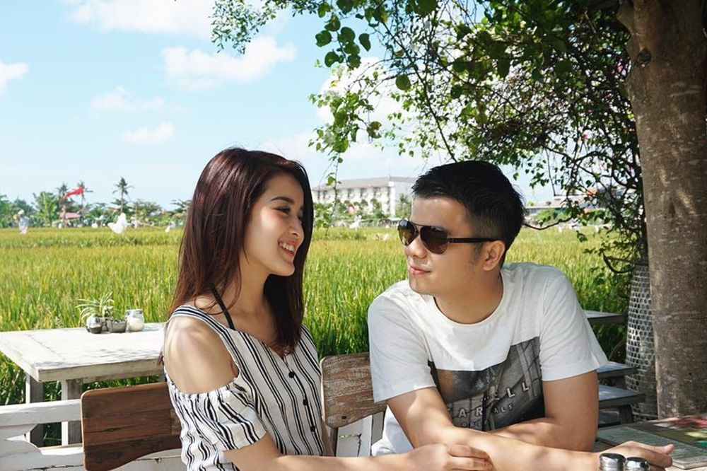 2 Tahun Bersama, Intip Gaya Pacaran Handika Pratama dan Rosiana Dewi