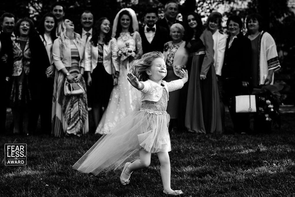 Dari Tawa Hingga Haru, Ini 15 Foto Pernikahan Terbaik di Tahun 2018