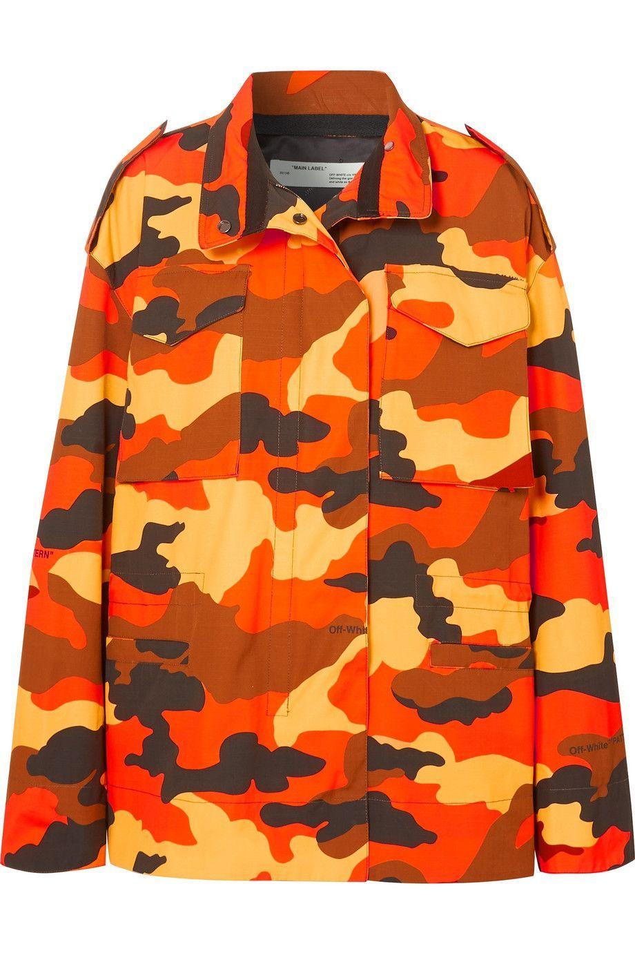 #PopbelaOOTD: Fashion Item yang Bisa Sempurnakan Baju Hitam Kamu