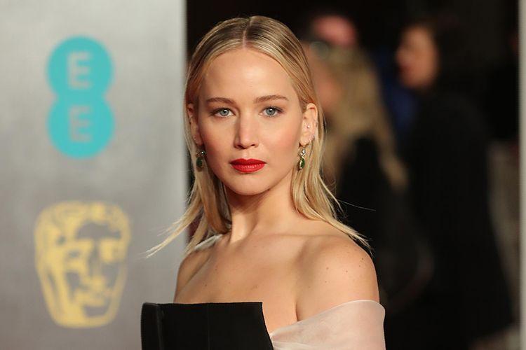 Setelah 9 Bulan Pacaran, Jennifer Lawrence Akhirnya Bertunangan!