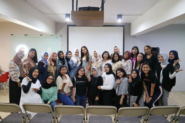 Intip Momen Berbagi Inspirasi Makeup Bersama Popbela Community Jakarta
