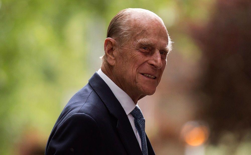 Masih Nyetir Usia 97 Tahun, Pangeran Philip Langgar Aturan Lalu Lintas