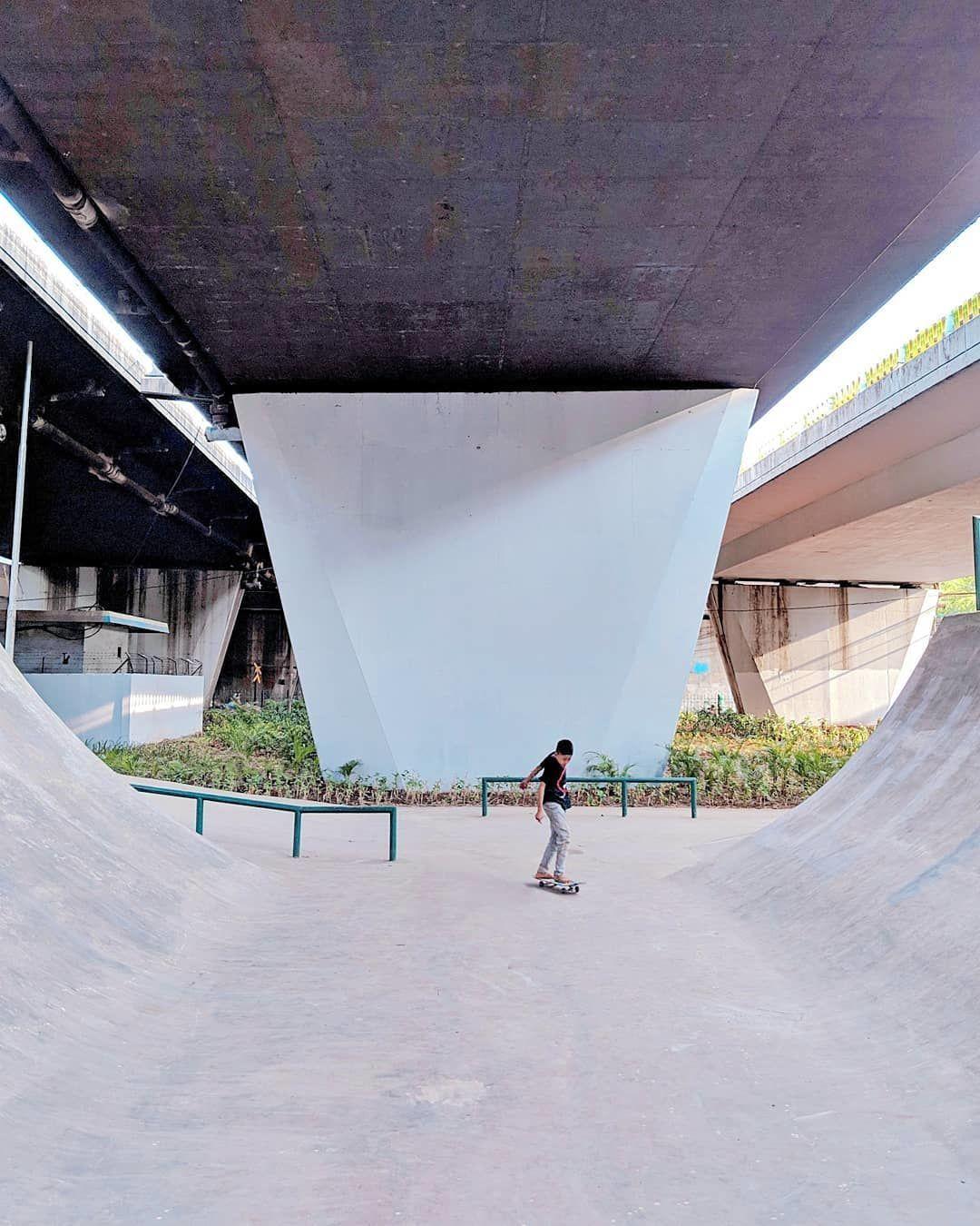 10 Jalanan di Jakarta yang Keren dan Instagramable Banget untuk Difoto