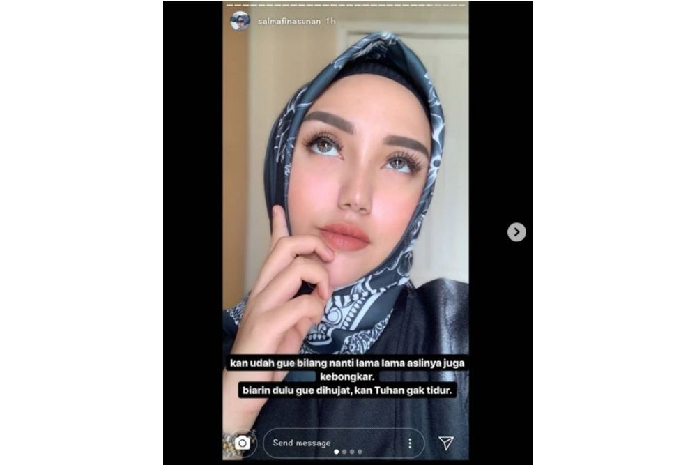 Tak Kuat Hadapi Nyinyiran Netizen, Salmafina Sunan Lepas Hijab?