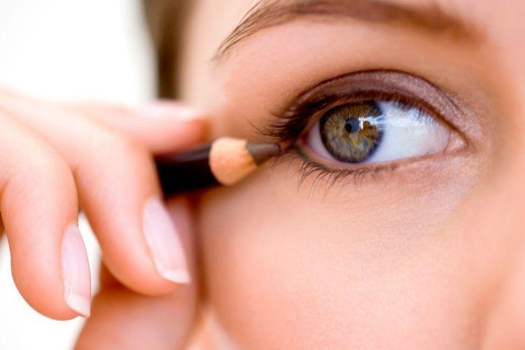 Menurut Y.O.U Makeups, IniLho Tren Makeup di Tahun 2019