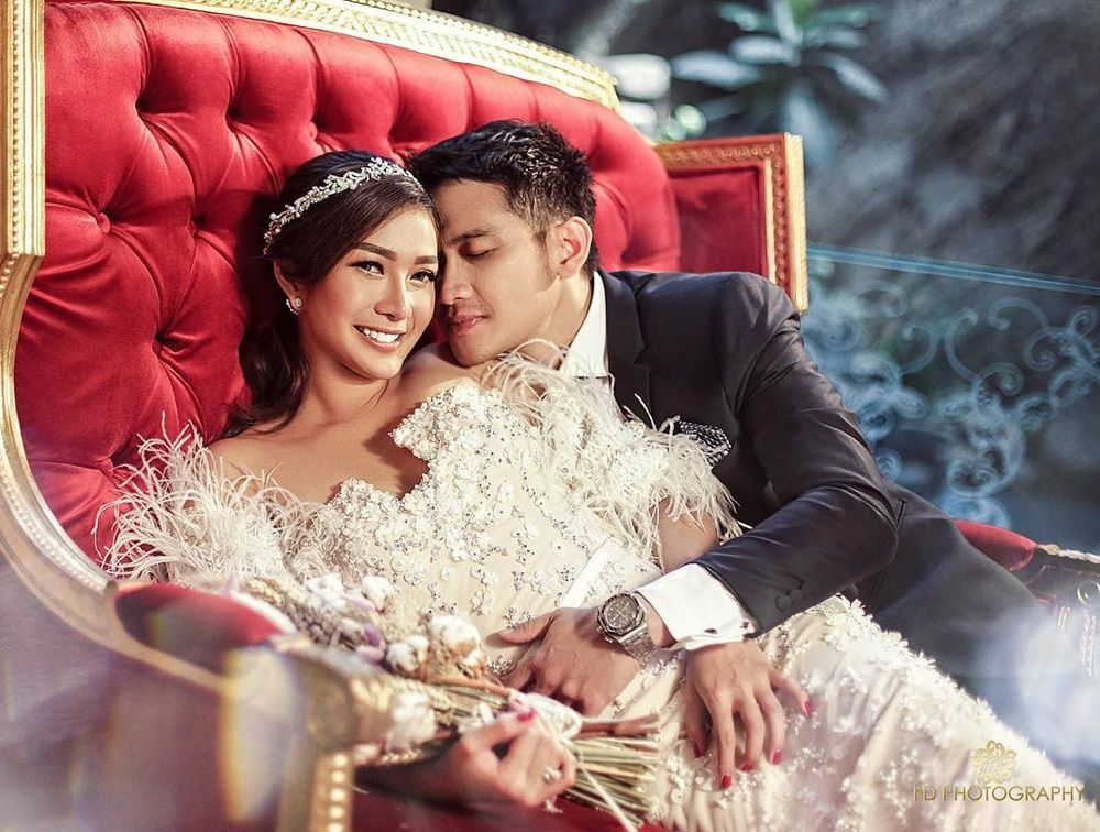 Sebentar Lagi Menikah, Ini 10 Gaya Pacaran Rezky Aditya dan Kekasih