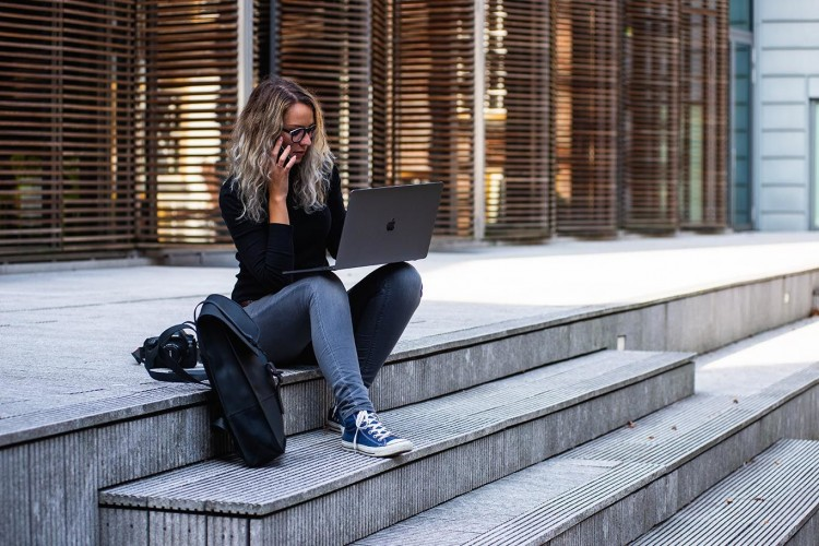 8 Alasan yang Buat Millennials Terlihat Pemalas di Tempat Kerja