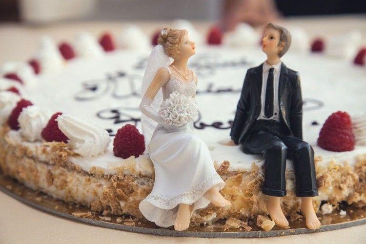 Seks Setelah Menikah Terasa Membosankan? Coba 6 Trik Ini