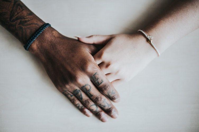 Waspada, 7 Kebiasaan Ini Bisa Merusak Hubungan Tanpa Kamu Sadari