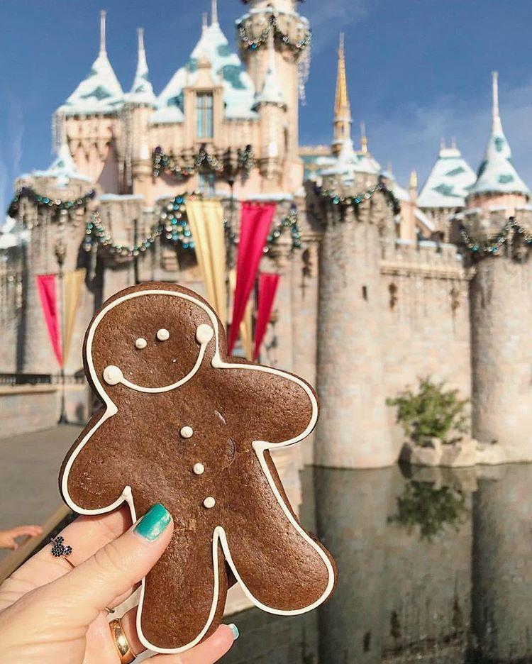 20 Makanan dan Minuman di Disneyland yang Instagramable