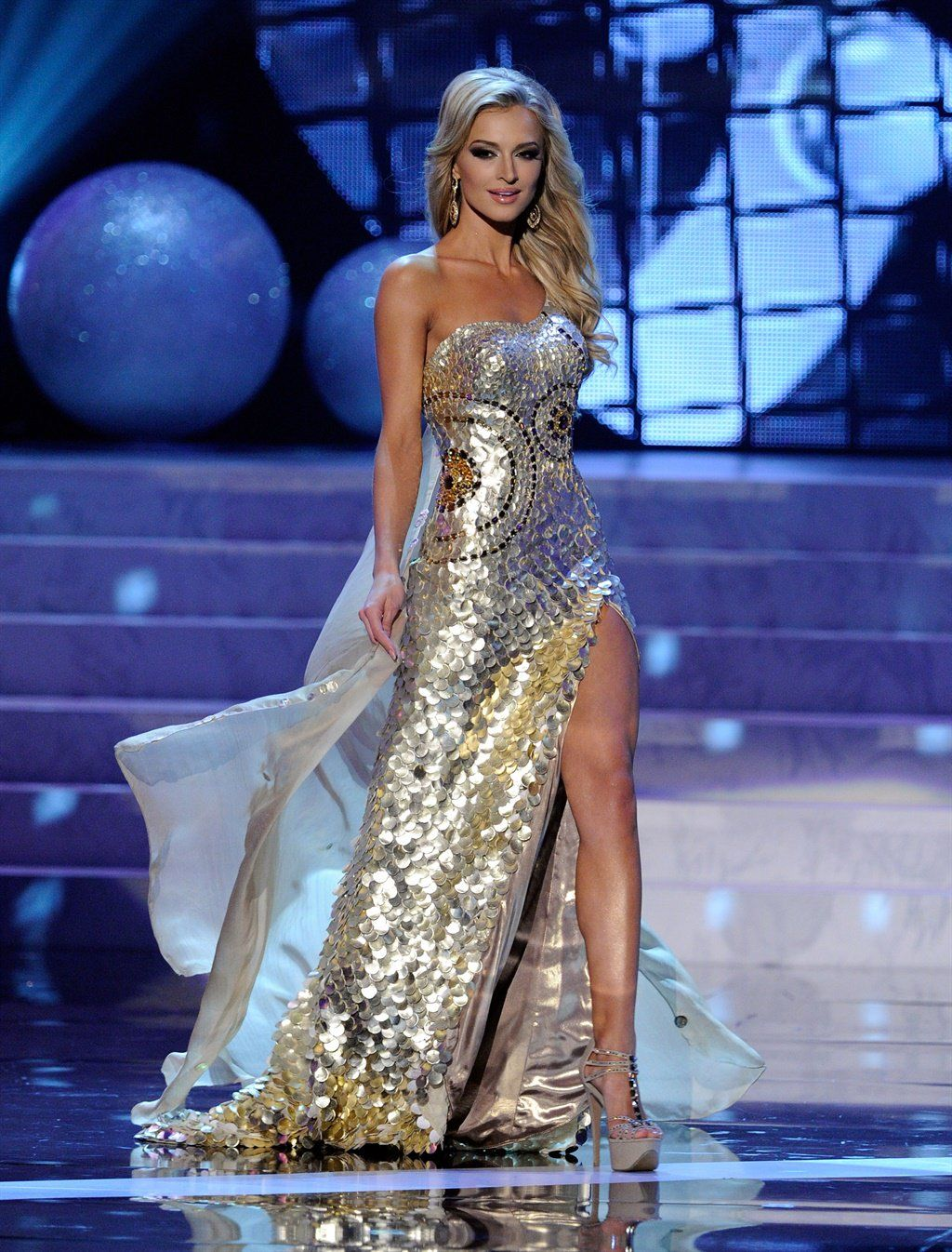 9 Gaun Terseksi Sepanjang Sejarah Miss Universe!