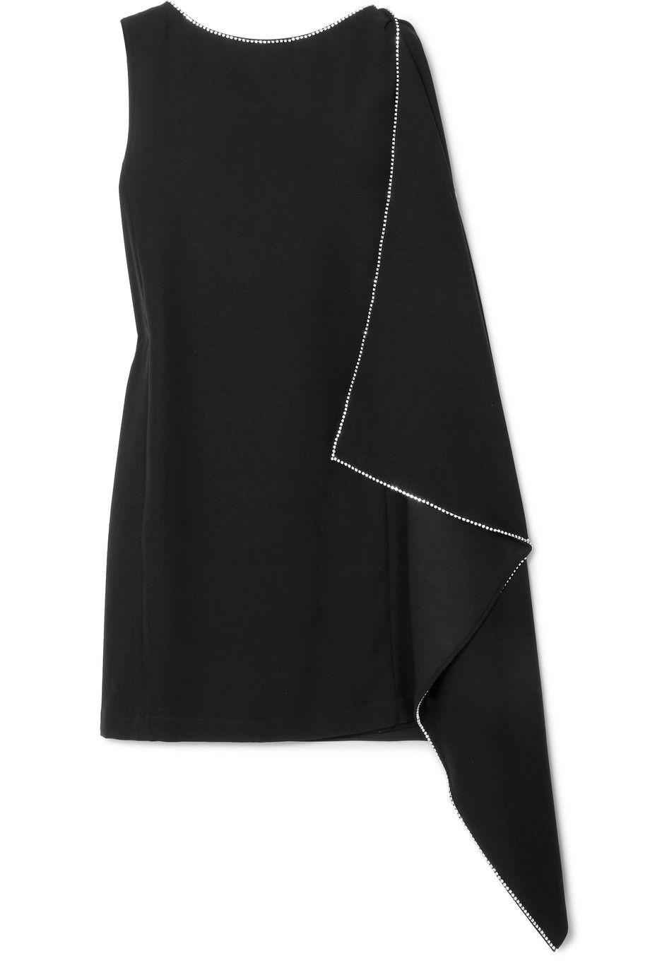#PopbelaOOTD: Dress Hitam Siap Party!