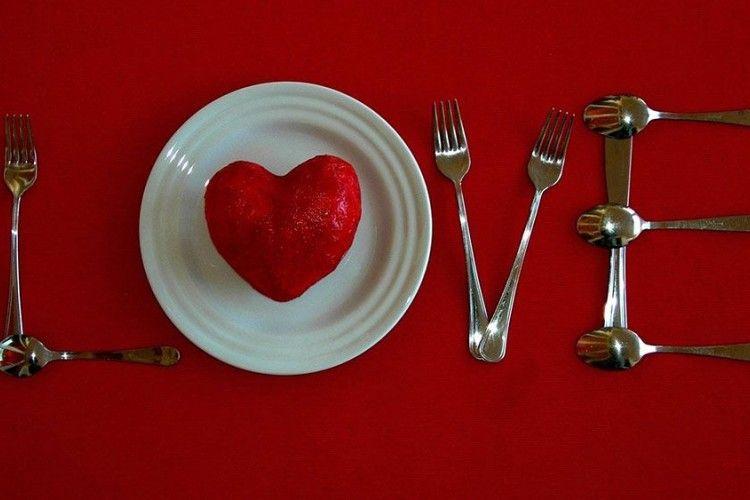 Menemukan Cinta Sama Sulitnya dengan Diet? Ini Penjelasannya
