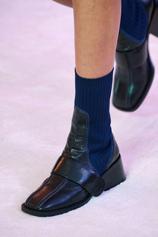 5 Trend Sepatu yang Wajib Kamu Coba Sebelum Dipakai Orang Lain Duluan