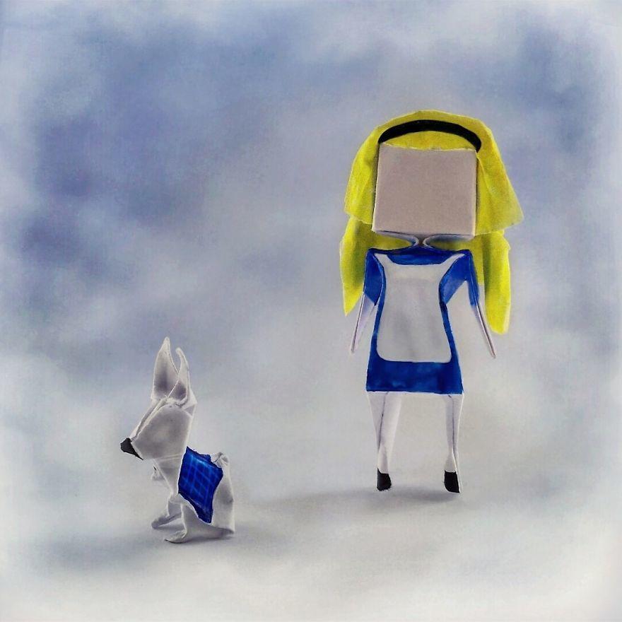 Kreatif, Ciptakan 14 Tokoh Film dari Origami Kertas