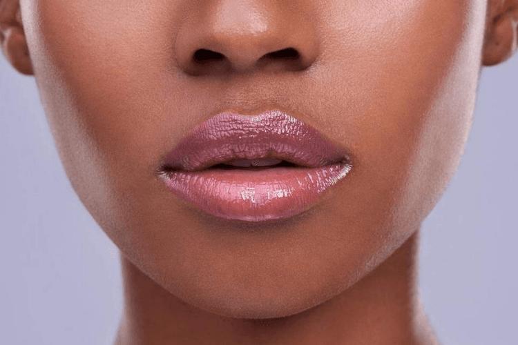Bosan denganLip Cream? Ini 5 Lip Gloss yang Bisa Kamu Coba