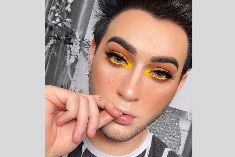 BFA2019: 9 Potret Ini Buktikan Skill Makeup Manny MUA yang Luar Biasa