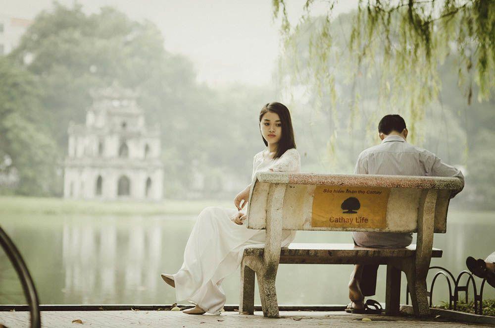 7 Jurus Ampuh Luluhkan Hati Pasangan Saat Dia Ngambek