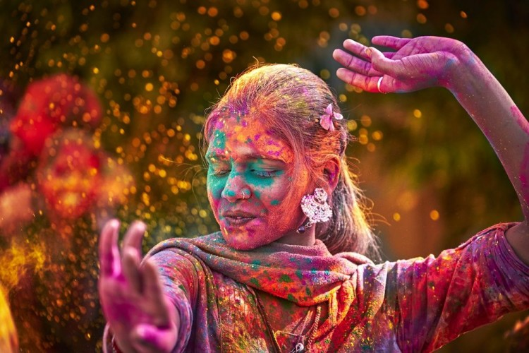 Sarat Makna, Ini Legenda Festival Holi di India