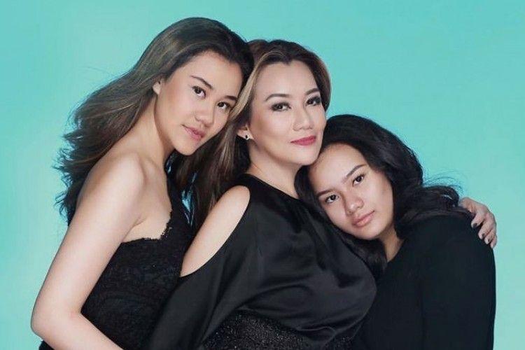 #BFA2019: Super Mom, Ini Kedekatan Reza Artamevia dan Kedua Putrinya