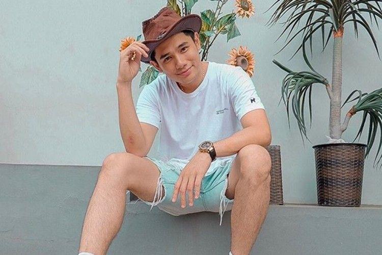 Aktor yang Jago Bisnis, Begini Perjalanan Karier Rayn Wijaya