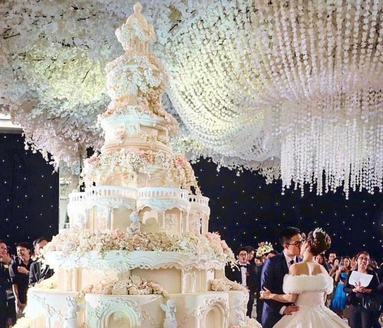 Nggak Nyangka, 5 Pernikahan Ini Bisa Masuk Rekor Dunia!