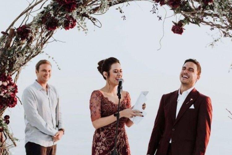 Tak Biasa, 5 Janji Pernikahan Ini Dijamin Bikin Senyum-Senyum Sendiri!