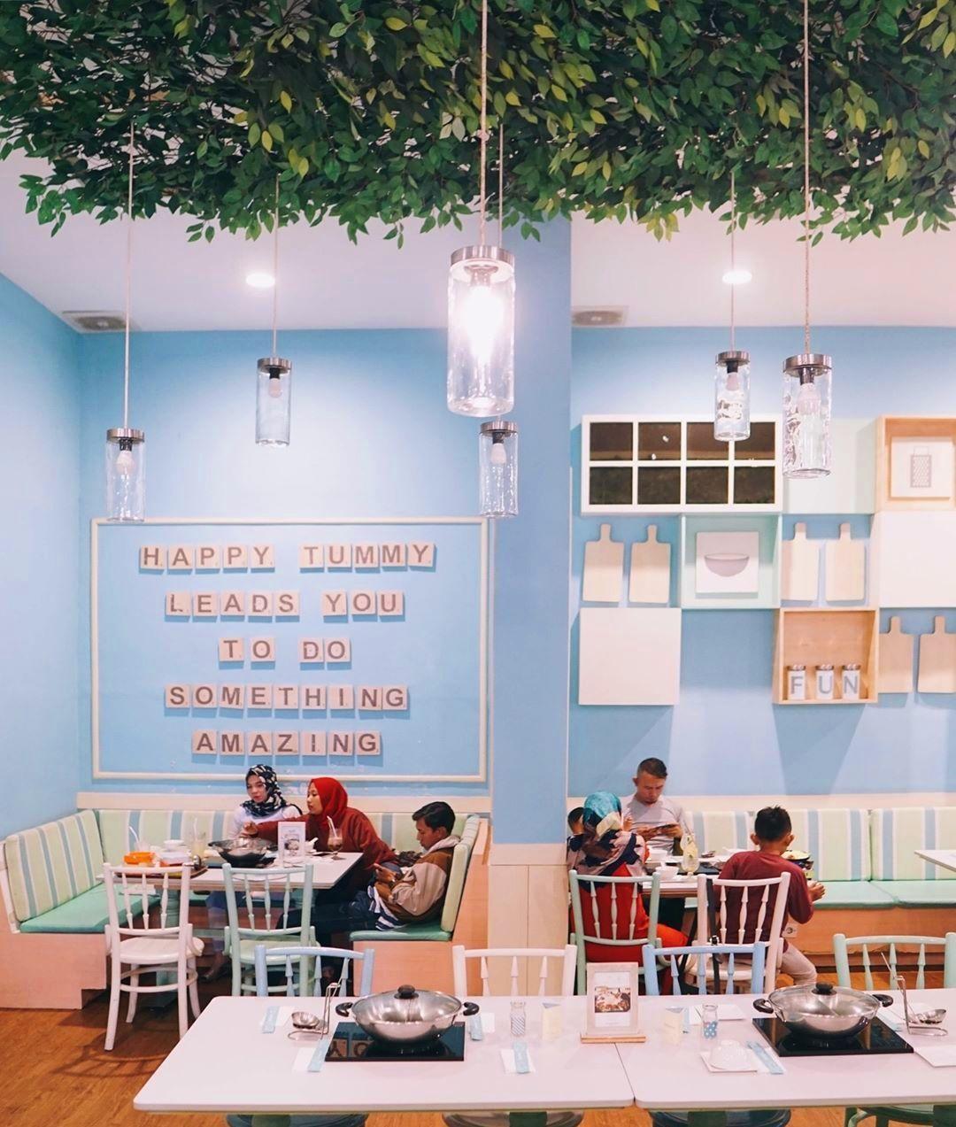 8 Rekomendasi Kafe Hits di Bandung Yang Wajib Dikunjungi