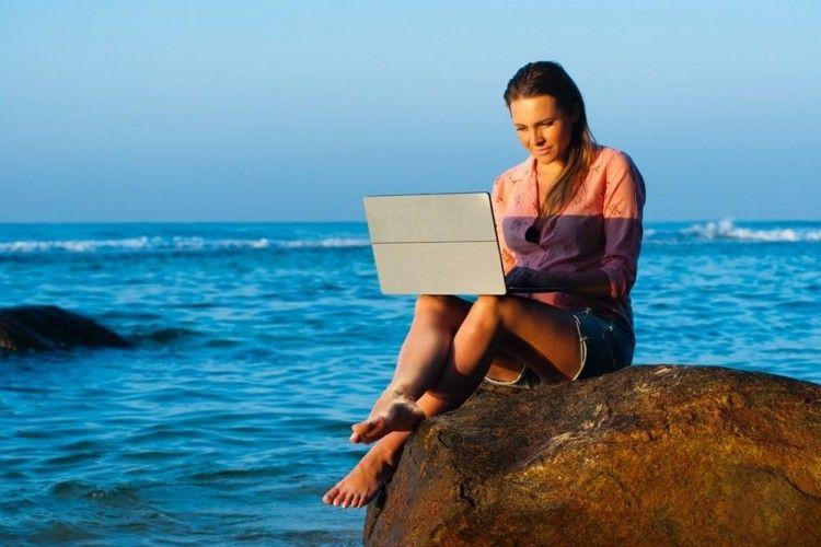 Jadi Travel Blogger? 10 Tips agar Tulisan Traveling Jadi Makin Menarik