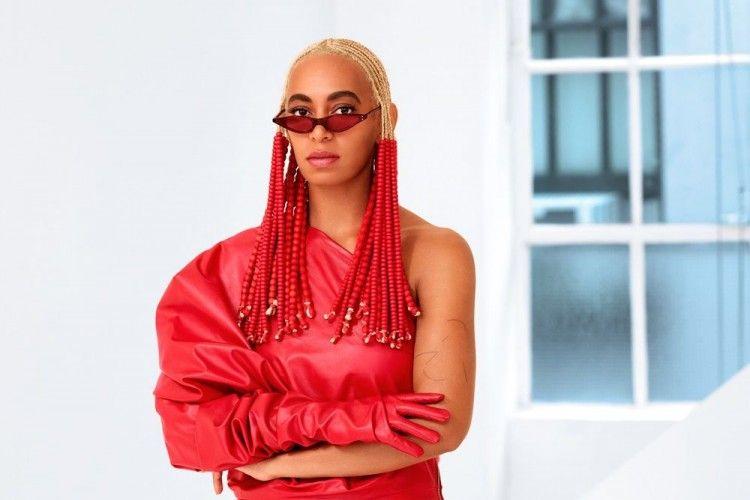 Sedih, Solange Knowles Batal Tampil di Coachella 2019