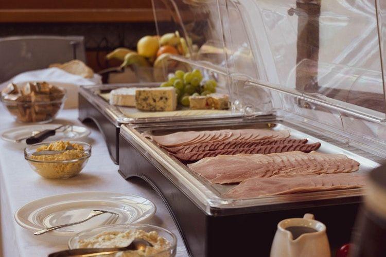 5 Cara Meminimalisir Budget Makan Kamu Ketika Traveling