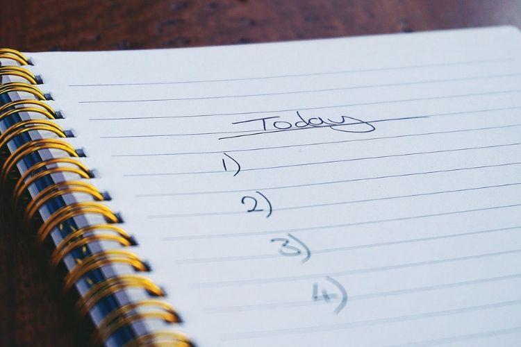 Patah Hati Saat Liburan? 12 Cara Ini Bantu Harimu Tetap Menyenangkan