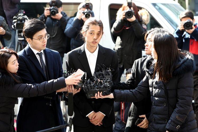 Miris! Ada Video Perempuan Diperkosa di Grup Chat Jung Joon Young