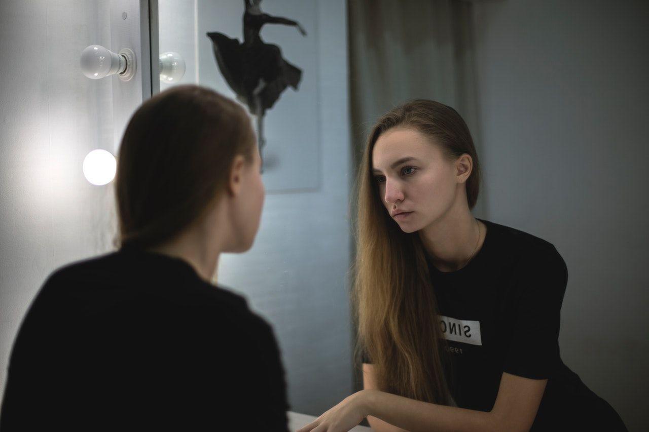 Efek Psikologi yang Timbul dari Kamera Cantik